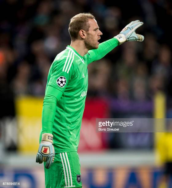 Goalkeeper Matz Sels of Anderlecht gestures during the UEFA Champions League group B match between RSC Anderlecht and Bayern Muenchen at Constant...