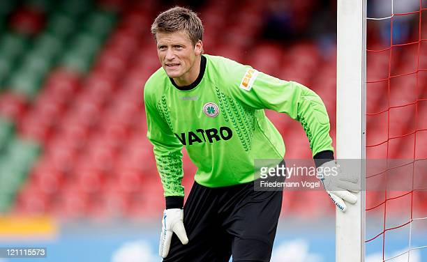 Goalkeeper Michael Melka of Oberhausen concentrates during the Third League match between RW Oberhausen and 1 FC Heidenheim at the Niederrhein...