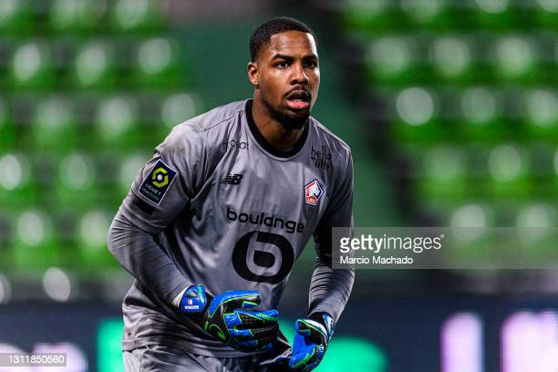 Goalkeeper Mike Maignan of Lille during the Ligue 1 match between FC Metz and Lille OSC at Stade Saint-Symphorien on April 9, 2021 in Metz, France.