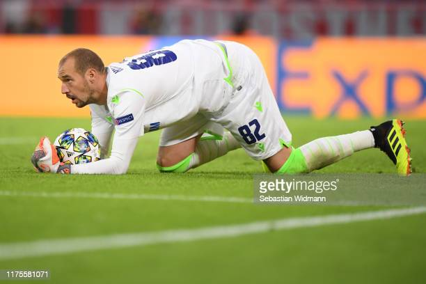 Goalkeeper Milan Borjan holds the ball during the UEFA Champions League group B match between Bayern Muenchen and Crvena Zvezda at Allianz Arena on...
