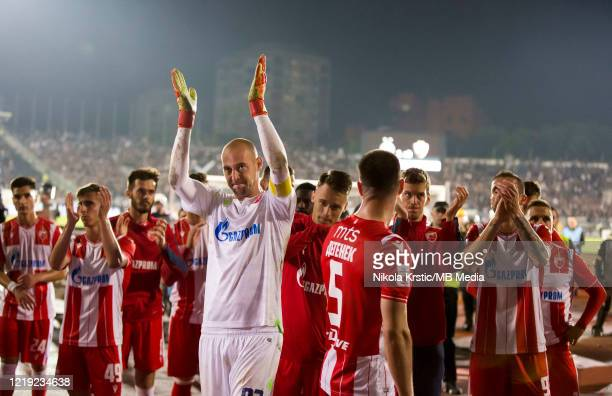 Goalkeeper Milan Borjan of Crvena Zvezda applauds to the fans with his team mates after the Semifinal Serbian Cup match between Red Star Belgrade and...