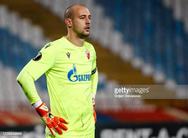 Goalkeeper Milan Borjan of Crvena Zvezda reacts during the UEFA Europa League Group L stage match between Crvena Zvezda and FC Slovan Liberec at...