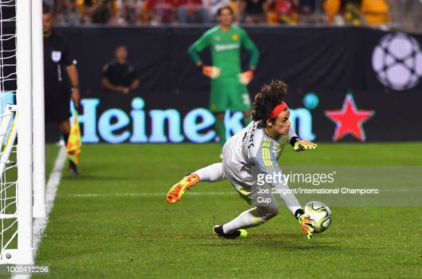 Goalkeeper Mile Svilar of Benfica stops the penalty kick of Alexander Isak of Borussia Dortmund during the International Champions Cup 2018 match at...