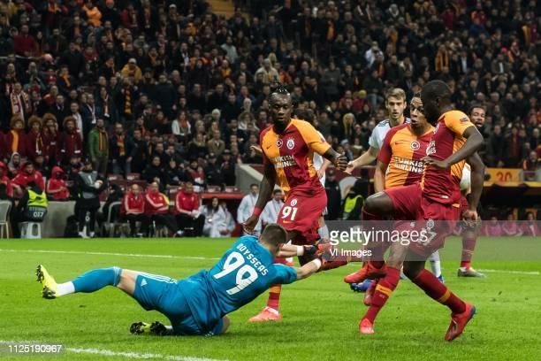 goalkeeper Odisseas Vlachodimos of SL Benfica Mbaye Diagne of Galatasaray SK Fernando Francisco Reges of Galatasaray SK Papa Alioune Badou Ndiaye of...
