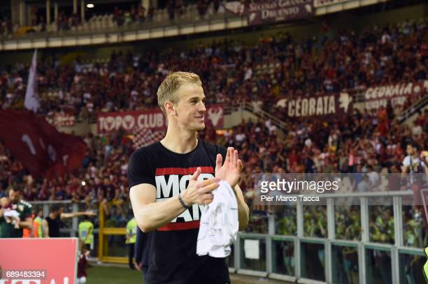 Goalkeeper of FC Torino Joe Hart celebrates under FC Turin's fans at the end of last Serie A match between FC Torino and US Sassuolo at Stadio...