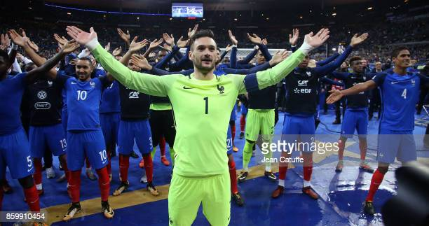 Goalkeeper of France Hugo Lloris and teammates celebrate the qualification for Russia 2018 following the FIFA 2018 World Cup Qualifier between France...