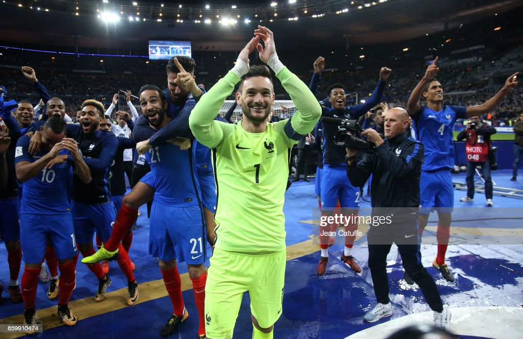 Goalkeeper of France Hugo Lloris and teammates celebrate the qualification for Russia 2018 following the FIFA 2018 World Cup Qualifier between France and Belarus at Stade de France on October 10, 2017 in Saint Denis near Paris, France.