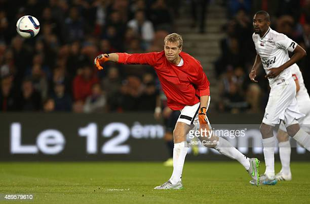 Goalkeeper of Guingamp Jonas Lossl in action during the French Ligue 1 match between Paris SaintGermain FC and EA Guingamp at Parc des Princes...