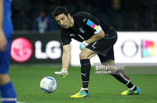 Goalkeeper of Italy Gianluigi Buffon in action during the international friendly match between Italy and Spain at Stadio Friuli on March 24, 2016 in...