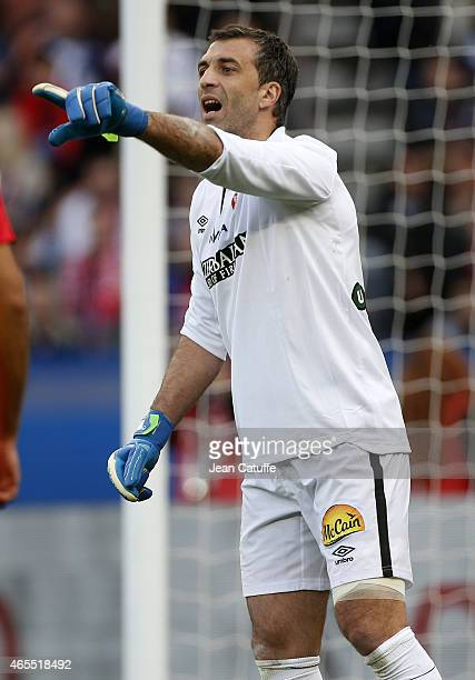 Goalkeeper of Lens Rudy Riou in action during the French Ligue 1 match between Paris SaintGermain FC and RC Lens at Parc des Princes stadium on March...