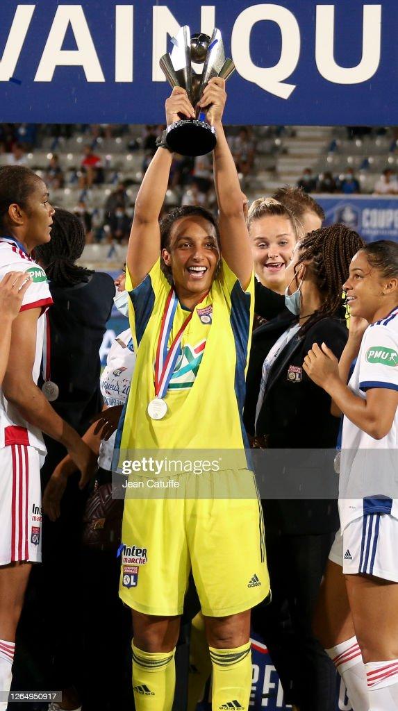 Paris Saint Germain v Olympique Lyonnais - Women's French Cup - Final : News Photo