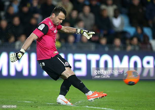 Goalkeeper of Montpellier Geoffrey Jourdren in action during the french Ligue 1 match between FC Nantes and Montpellier Herault SC at Stade de la...