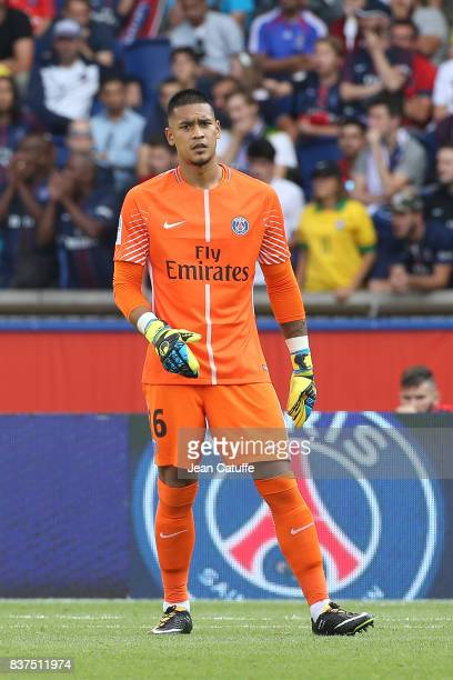 Goalkeeper of PSG Alphonse Areola during the French Ligue 1 match between Paris Saint Germain and Amiens SC at Parc des Princes on August 5 2017 in...