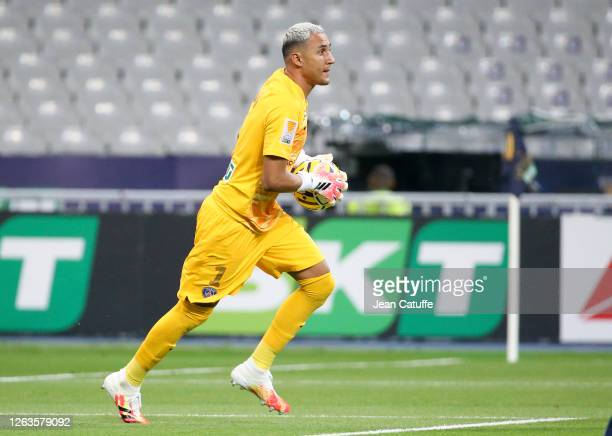 Goalkeeper of PSG Keylor Navas during the French League Cup final between Paris Saint-Germain and Olympique Lyonnais at Stade de France on July 31,...