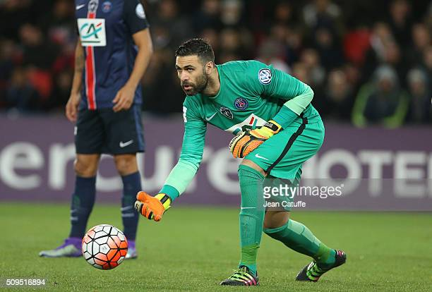 Goalkeeper of PSG Salvatore Sirigu in action during the French Cup match between Paris SaintGermain and Olympique Lyonnais at Parc des Princes...