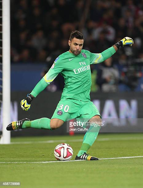 Goalkeeper of PSG Salvatore Sirigu in action during the French Ligue 1 match between Paris SaintGermain FC and Olympique de Marseille OM at Parc des...