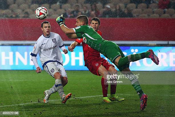 Goalkeeper Patric Klandt of Frankfurt makes a save during the Second Bundesliga match between 1 FC Kaiserslautern and FSV Frankfurt at...