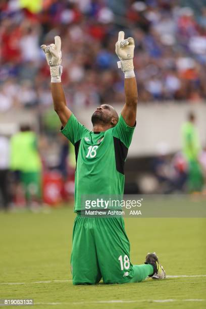 Goalkeeper Patrick Pemberton of Costa Rica celebrates after his team scored a goal to make it 1-0 during the 2017 CONCACAF Gold Cup Quarter Final...