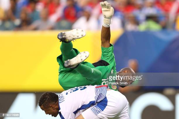 Goalkeeper Patrick Pemberton of Costa Rica collides with Gabriel Torres of Panama in the second half during the 2017 CONCACAF Gold Cup Quarterfinal...