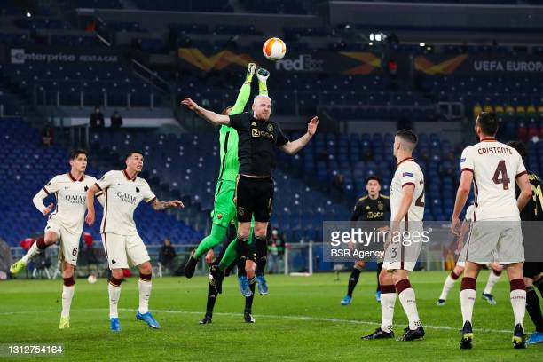 Goalkeeper Pau Lopez of AS Roma and Davy Klaassen of Ajax during the UEFA Europa League Quarter Final: Leg Two match between AS Roma and Ajax at...
