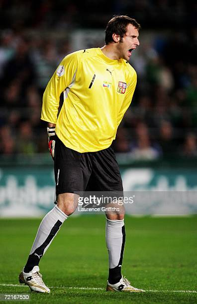 Goalkeeper Petr Cech of the Czech Republic shouts at his defence during the Euro2008 Qualifier between Republic of Ireland and Czech Republic at...