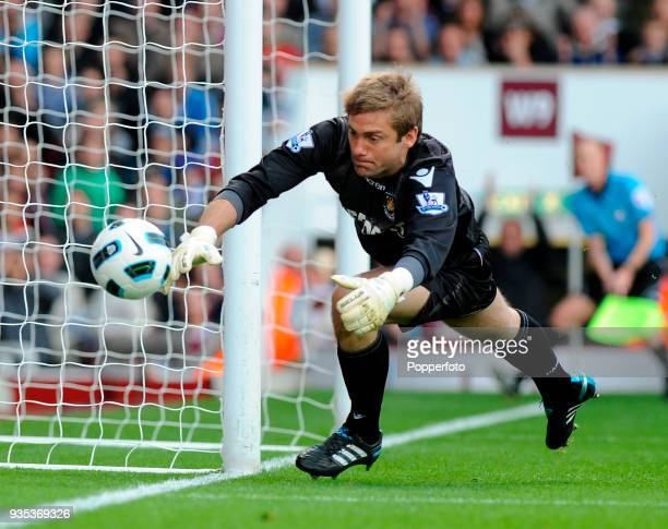 Goalkeeper Robert Green of West Ham United in action during the Barclays Premier League match between West Ham United and Tottenham Hotspur at the...