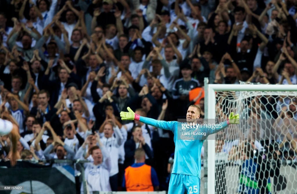 Goalkeeper Robin Olsen of FC Copenhagen gestures during the UEFA Champions League Playoff 2nd Leg match between FC Copenhagen and Qarabag FK at Telia Parken Stadium on August 23, 2017 in Copenhagen, Denmark.