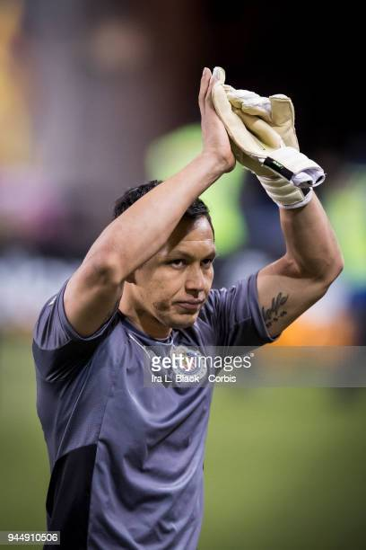 Goalkeeper Rodolfo Cota of Guadalajara claps to the fans after the CONCACAF Champions League - Semifinals - Leg 2 match between CD Guadalajara and...