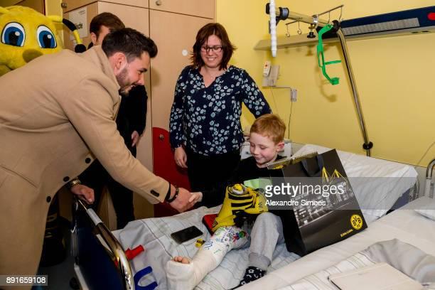 Goalkeeper Roman Buerki of Borussia Dortmund is seen during the annual visit of Borussia Dortmund at the children's hospital on December 13 2017 in...