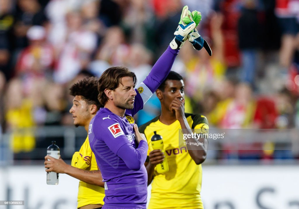 Goalkeeper Roman Weidenfeller of Dortmund gestures after the Friendly Match match between FSV Zwickau and Borussia Dortmund at Stadion Zwickau on May 14, 2018 in Zwickau, Germany.