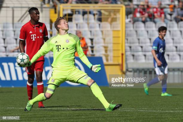 Goalkeeper Ron Thorben Hoffmann of FC Bayern Muenchen throws the ball during the AJuniors semi final first leg German Championship match between FC...
