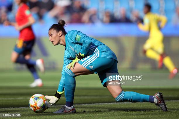 Goalkeeper Sandra Panos of Spain rolls the ball during the 2019 FIFA Women's World Cup France group B match between Spain and South Africa at on June...