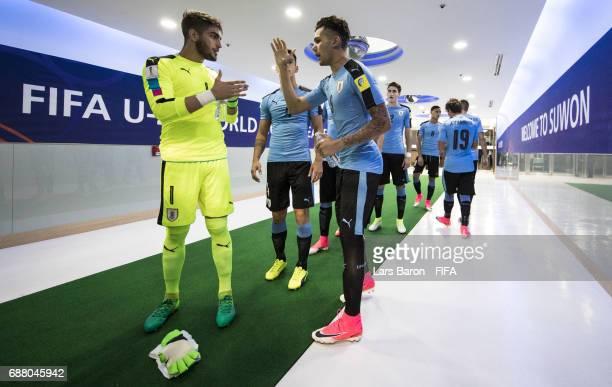 Goalkeeper Santiago Mele of Uruguay is seen with team mate Nicolas Schiappacasse of Uruguay in the tunnel during the FIFA U20 World Cup Korea...