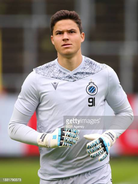 Goalkeeper Senne Lammens of Club Brugge warming up during the Jupiler Pro League match between Union Saint Gilloise and Club Brugge at Joseph Marien...