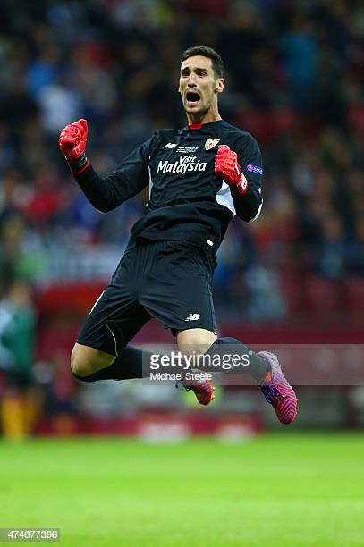 Goalkeeper Sergio Rico of Sevilla celebrates during the UEFA Europa League Final match between FC Dnipro Dnipropetrovsk and FC Sevilla on May 27 2015...