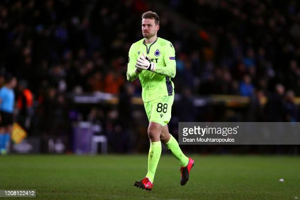 Goalkeeper, Simon Mignolet of Club Brugge KV thanks the fans after the UEFA Europa League round of 16 first leg match between Club Brugge and...