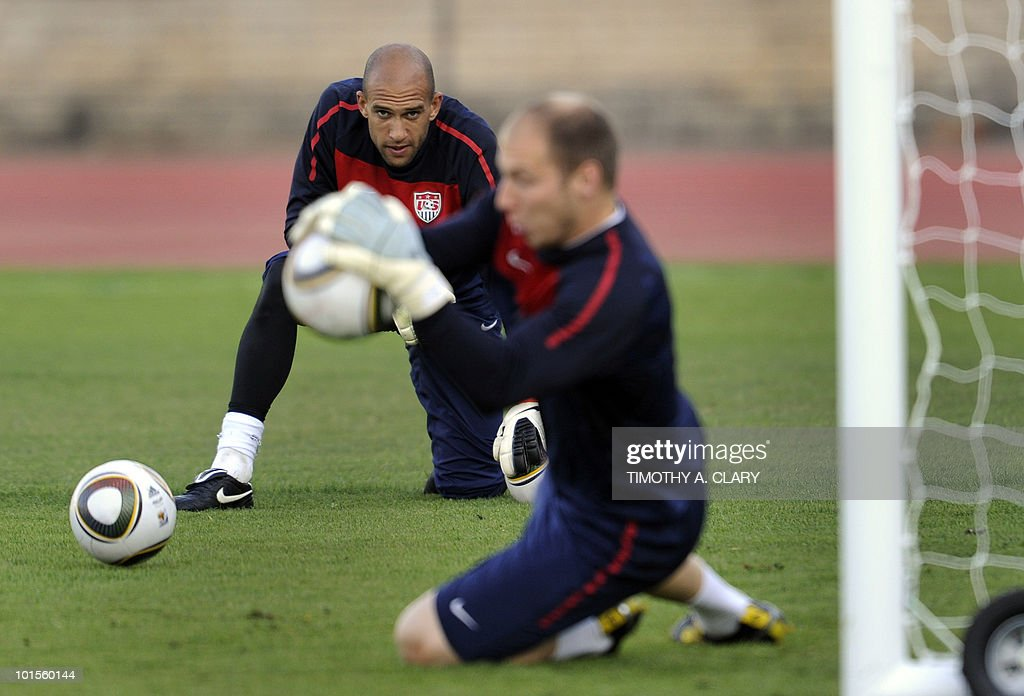 Goalkeeper Tim Howard (R) and Brad Guzan from the US football team train at Pilditch stadium on June 2, 2010, in preparation for the 2010 FIFA World Cup starting on June 11.