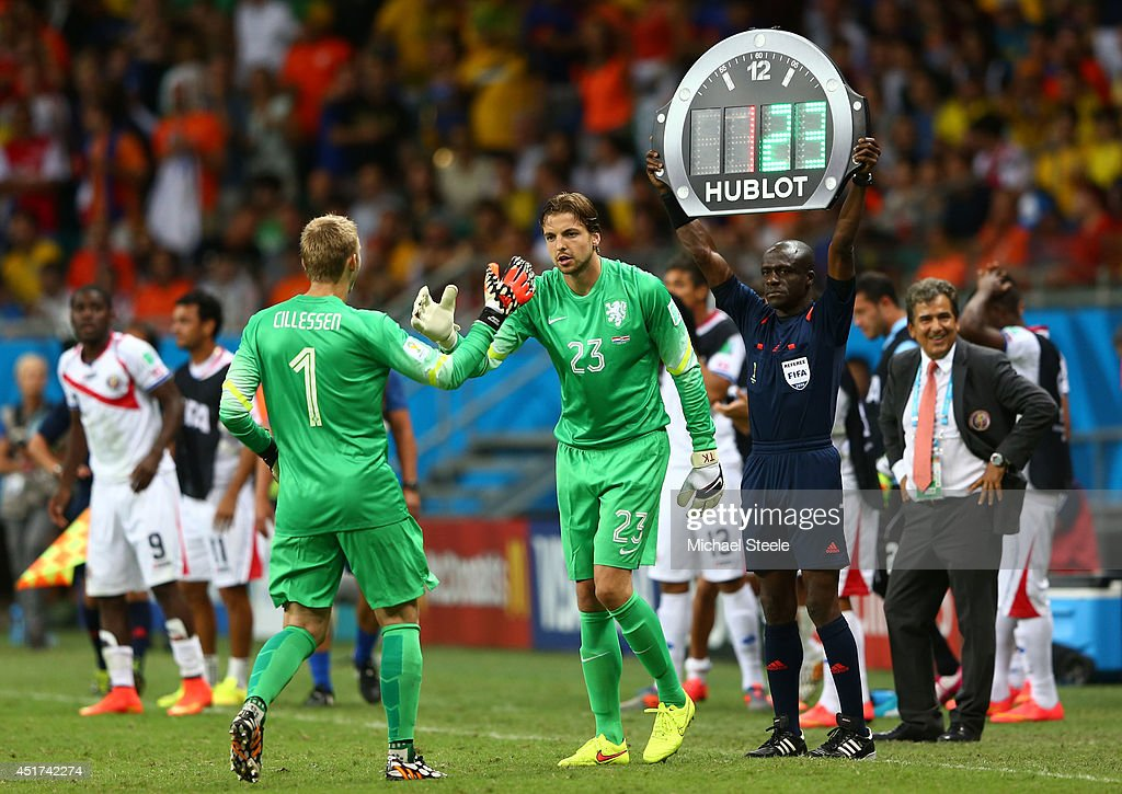 Netherlands v Costa Rica: Quarter Final - 2014 FIFA World Cup Brazil : News Photo