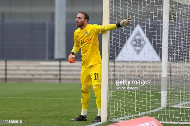 goalkeeper Tobias Sippel of Borussia Moenchengladbach gestures during the test match between Borussia Moenchengladbach and Fortuna Duesseldorf at...