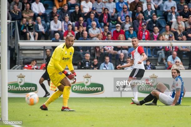 goalkeeper Warner Hahn sc Heerenveen Steven Berghuis of Feyenoord Dave Bulthuis of sc Heerenveen during the Dutch Eredivisie match between sc...