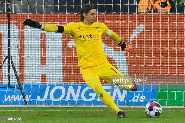 goalkeeper Yann Sommer of Borussia Moenchengladbach controls the ball during the Bundesliga match between Borussia Moenchengladbach and FC Schalke 04...