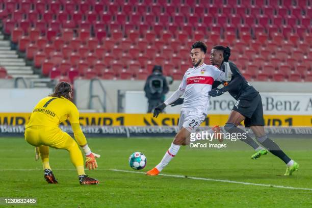 Goalkeeper Yann Sommer of Borussia Moenchengladbach, Nicolas Gonzalez of VfB Stuttgart and Denis Zakaria of Borussia Moenchengladbach battle for the...