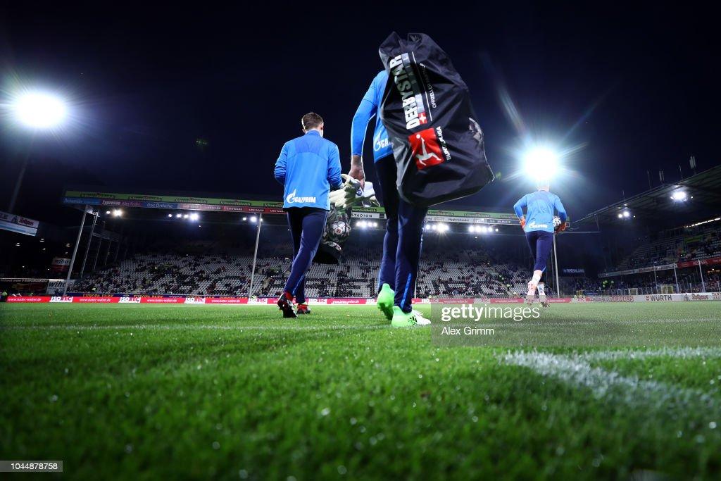 Sport-Club Freiburg v FC Schalke 04 - Bundesliga : News Photo