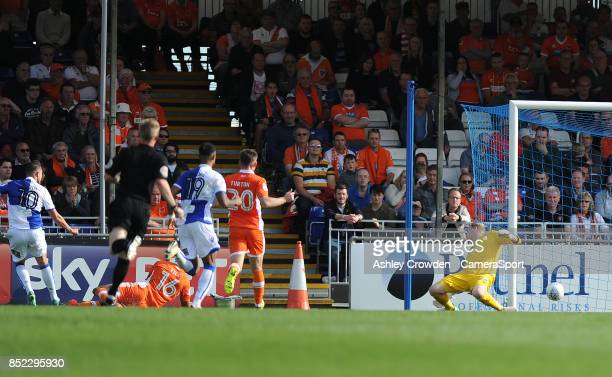 GOAlL Bristol Rovers' Billy Bodin scores his side's equalising goal to make the score 11 during the Sky Bet League One match between Bristol Rovers...