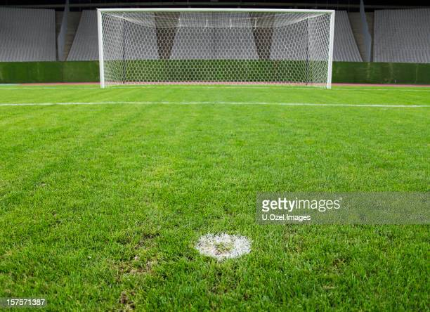 goalposts - shootout stock pictures, royalty-free photos & images