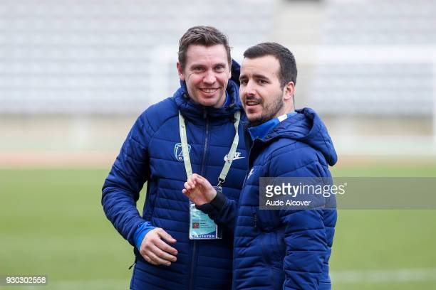 Goals coach of Pfc Mickael Boully and video analyst Vincent Brunet during the French Ligue 2 match between Paris FC and Sochaux at Stade Charlety on...