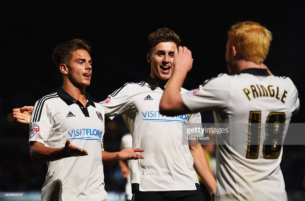 Wycombe Wanderers v Fulham - Capital One Cup First Round : News Photo