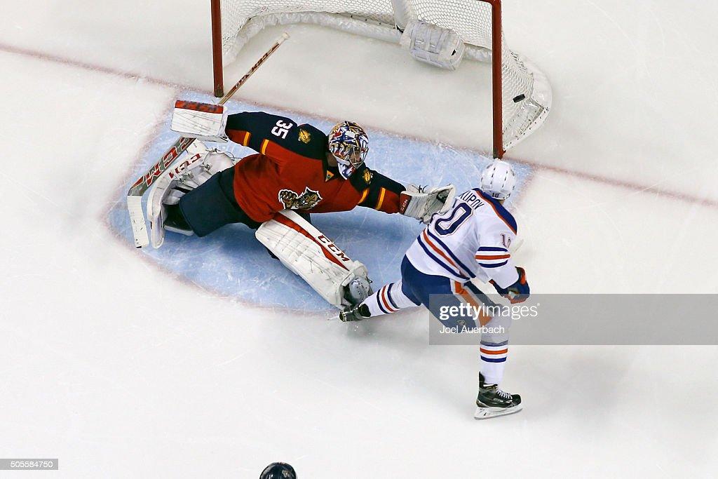 Edmonton Oilers v Florida Panthers : News Photo
