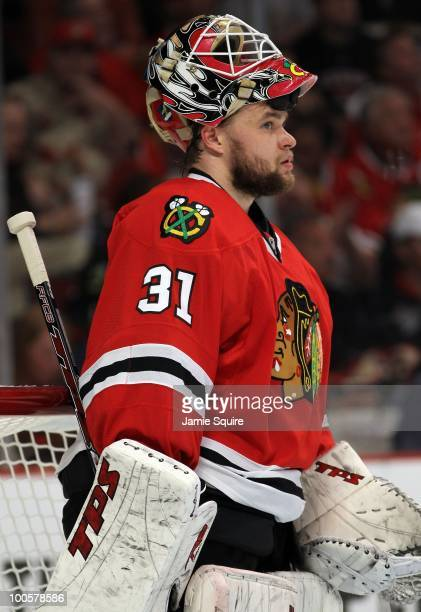 Goaltender Antti Niemi of the Chicago Blackhawks looks on while taking on the San Jose Sharks in Game Four of the Western Conference Finals during...