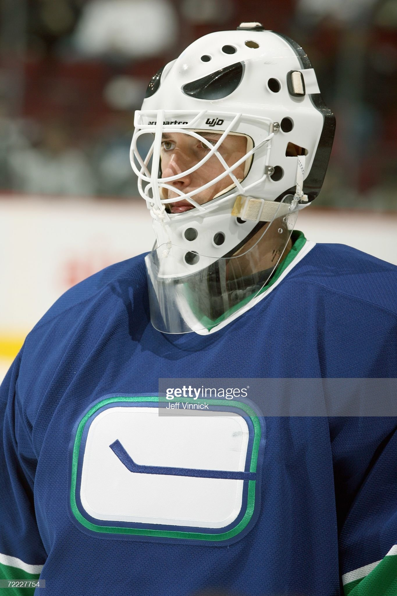goaltender-dany-sabourin-of-the-vancouve